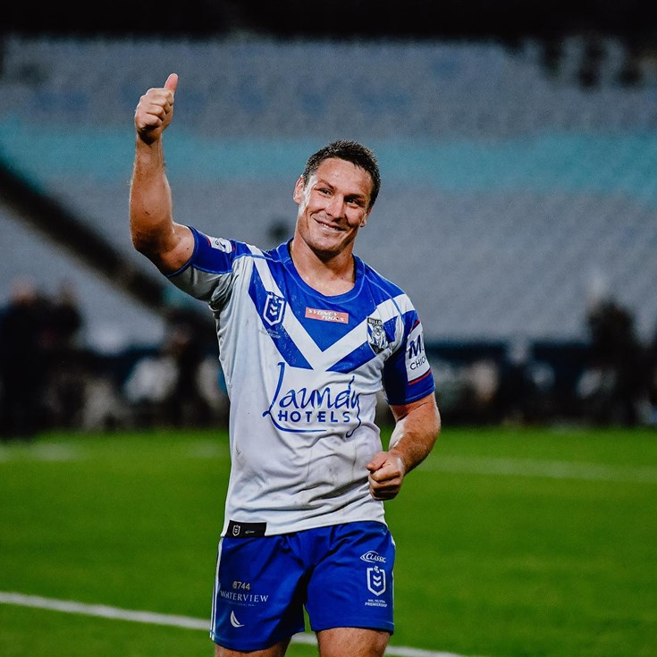 Jackson pays tribute to Bulldogs fans in memorable milestone