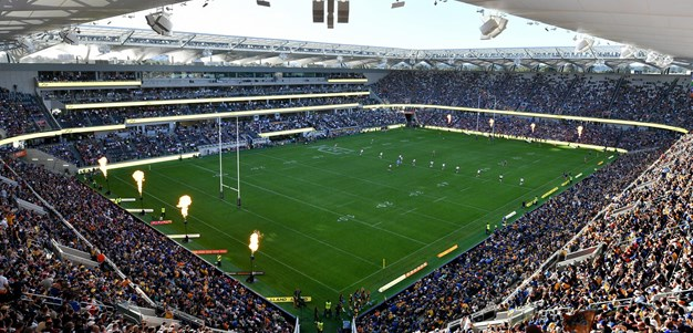 V'landys pushes for more 'mini Bankwest stadiums'