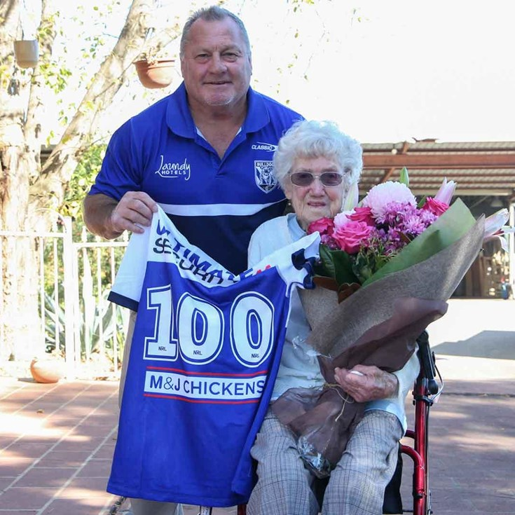 Lamb surprises a special Bulldog supporter