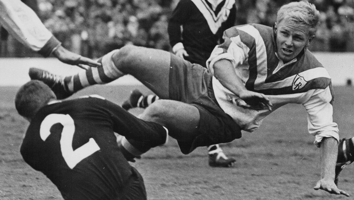 Hall of Fame Inductee No2: Les Johns - Bulldogs