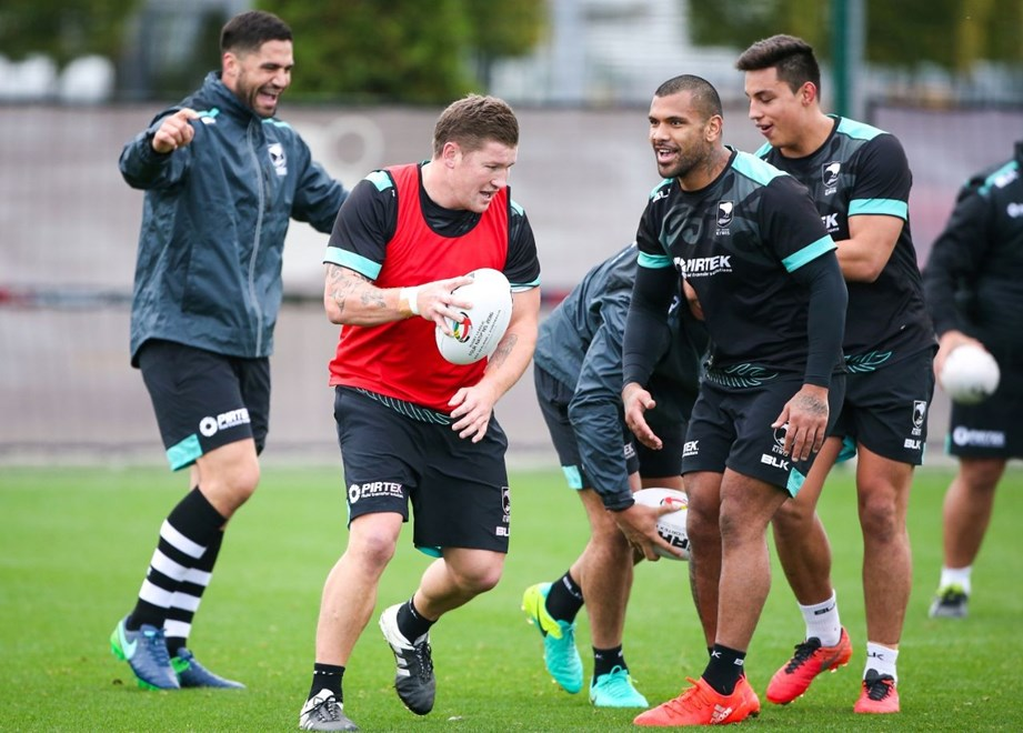 Picture by Alex Whitehead/SWpix.com - 01/11/16 - Rugby League - 2016 Ladbrokes Four Nations - New Zealand Kiwis Training - Etihad Campus, Manchester, England - Greg Eastwood.