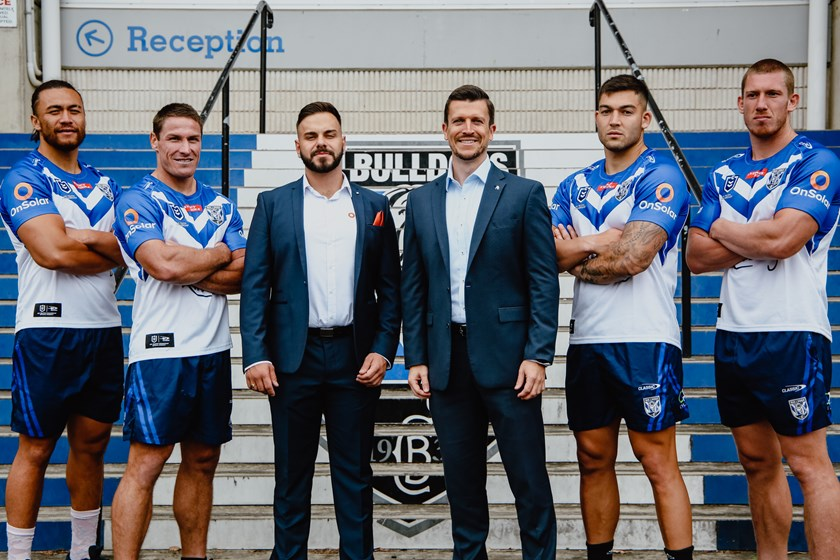 On Solar Director Chris Zarpas with Bulldogs CEO Aaron Warburton, Captain Josh Jackson, Raymond Faitala-Mariner, Nick Cotric and Jack Hetherington.